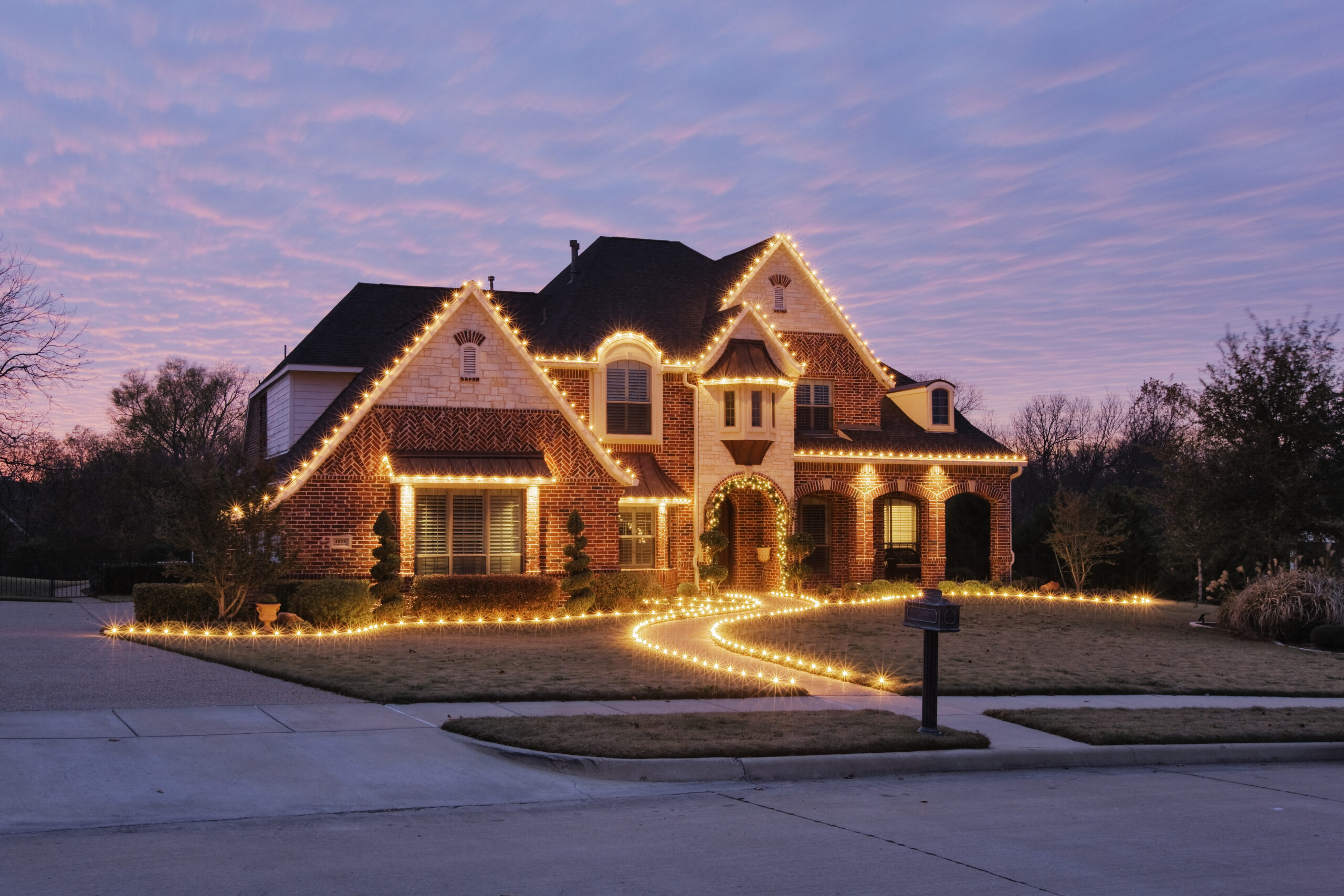 How to Hang lights Without Damaging your Roof